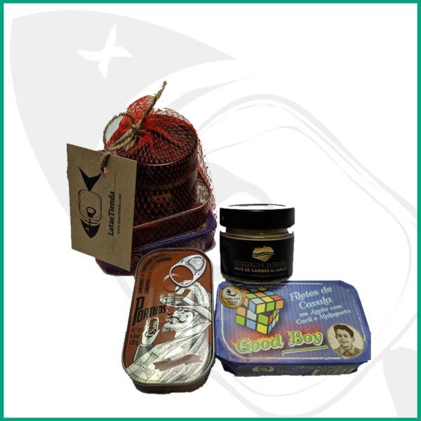 Selección de tres conservas de pescado , sardinas teriyaki , caballa con curry y malagueta pate de gambas al ajillo
